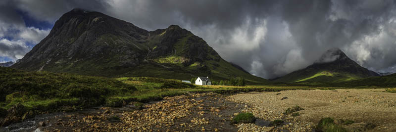 A TREKKER'S GUIDE TO THE SCOTLAND HIGHLANDS WITH MOUNTAIN MADNESS