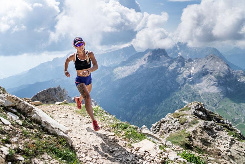 Fernanda Maciel running Red Bull